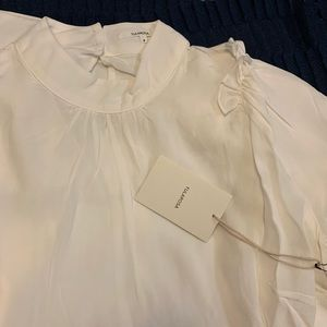 Tularosa Tops - NWT Tularosa Sweetie Pie Top. Ivory. Small.